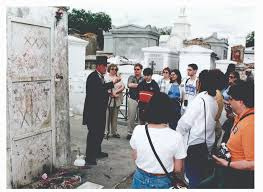 voodoo tours new orleans the only guide you ll need to new orleans room5