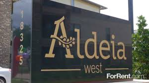 Apartment In Houston Tx 77099 Aldeia West Apartments For Rent In Houston Tx Forrent Com