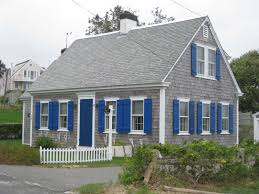 saltbox style home architectures awesome cape cod style home complete with porch