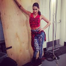 Bella Twins Halloween Costume 501 Bella Twins Wwe Images