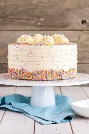 cake for vanilla cake with vanilla buttercream liv for cake