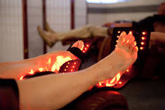 infrared light therapy for pain diet detox day spa salon des moines iowa