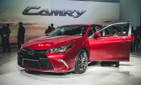 2015 toyota camry images 2015 toyota camry xse pictures photo gallery car and driver