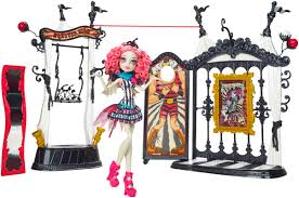 Halloween Monster High Doll Monster High Freak Du Chic Circus Scaregrounds U0026 Rochelle Goyle