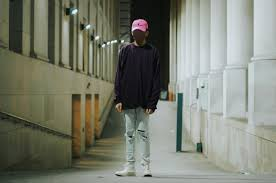 what fit would this pink polo hat look good with streetwear