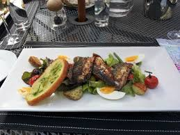 restaurant cuisine nicoise mackerel fillets with salad niçoise picture of gilbey s bar
