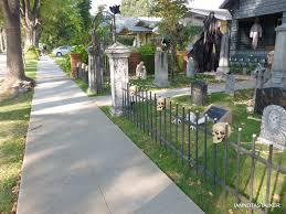 cemetery fence halloween prop laurie strode u0027s house from u201challoween u201d iamnotastalker