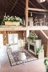 barn wedding at hayloft on the arch by harlow bliss photography