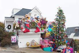 tom and jerry christmas house01 jpg