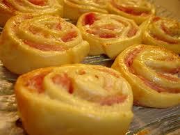 boursin cuisine recettes roules au boursin et au jambon les délices d hélène