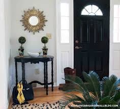 how to paint a fiberglass door