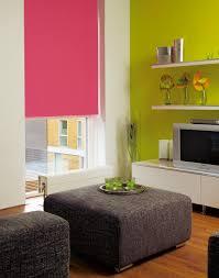 Wohnzimmer Jalousien Sichtschutz Im Wohnzimmer Moderne Plissees Gardinen Und Rollos