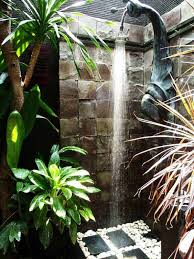 Outdoor Pool Showers - 30 cool outdoor showers to spice up your backyard amazing diy