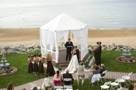 affordable wedding venues in michigan michigan weddings outdoor wedding venue parkshore resort