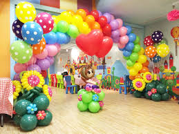 decoration with balloons for birthday party balloon decorations