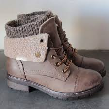 womens boots booties best 25 walking boots ideas on shoes boots