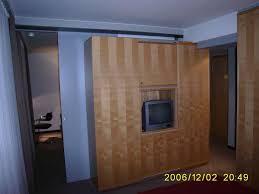 raumteiler acryl raumteiler mit tv beste bildideen zu hause design