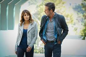Seeking Season 3 Renewal Extant Cancelled Halle Berry Cbs Series Not Returning For Season