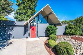 rare eichler with double a frame atrium wants 1 8m curbed the sunnyvale four bedroom is distinguished by its high pitched roof which forms an atrium that begins with the main skylit courtyard entrance and extends