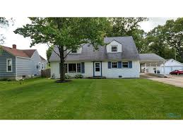 story and a half house toledo real estate homes for sale in toledo oh wellesbowen com