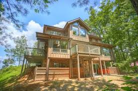 4 bedroom cabins in gatlinburg 3 bedroom cabins in gatlinburg tn in the smoky mountains