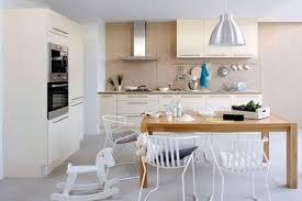 la cuisine familiale optimisez l espace pour une cuisine familiale et conviviale côté