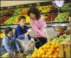 a with children shopping for fruit 2 snap ed connection