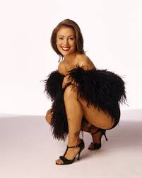 photo collection alyssa milano leg charmed