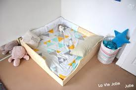 chambre bébé montessori lit bébé montessori méthode montessori pour bébé literie