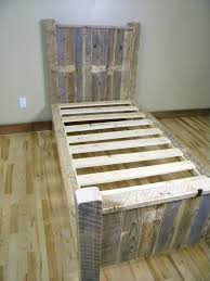 Diy Platform Bed Frame Twin by Adorable Diy Wooden Pallet Bed Frame Twin Bed Pinterest
