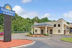 Comfort Inn And Suites Memphis Days Inn U0026 Suites Memphis Tn Booking Com
