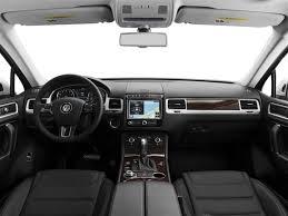 volkswagen touareg interior 2004 2017 volkswagen touareg price trims options specs photos