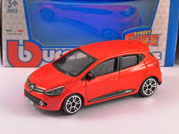 renault red renault clio in red 1 43 scale model by burago