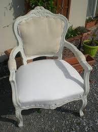 refaire l assise d une chaise les secrets de famille les coulisses d une rénovation de fauteuil