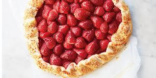 cuisine aux fraises tarte rustique aux fraises et aux flocons d érable de cuisine