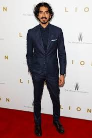 how to wear a navy and green suit with a navy and green dress