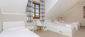 R2 Bathroom Furniture R2 Four Bedded Room With Shared Bathroom Hostel Dvor