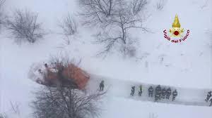 rigopiano hotel avalanche italian rescuers find no sign of