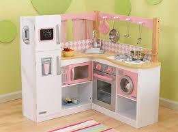 kinderk che holz rosa kinderküche aus holz spielküchen im vergleich