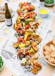 host a backyard seafood boil in a few easy steps via lauren kelp