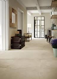 beige fliesen wohnzimmer fliesen in beige wohndesign