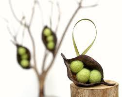 peas in a pod ornament pea pod ornament oh tannenbam joulupuu christmas tree