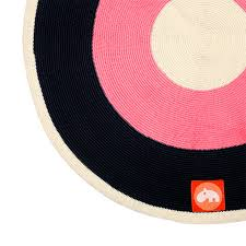teppich rund rosa done by deer teppich rund raspberry online kaufen emil u0026 paula kids