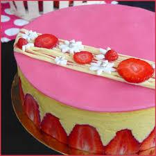 fraiser en cuisine le fraisier après le fraiser macaronné voici une recette de