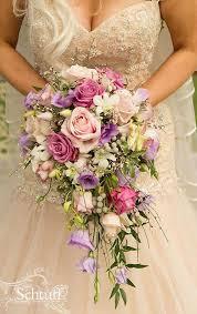 Cascading Bouquet Bouquet Flower Cascading Bouquets 2115288 Weddbook