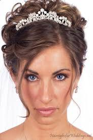 bridal hair for oval faces best 25 wedding tiara hairstyles ideas on pinterest tiara