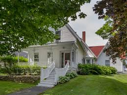 House For Sale An Old Sea Captain U0027s House For Sale In Searsport Maine