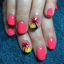 palm trees add a beachy feel more colorful nails ideas