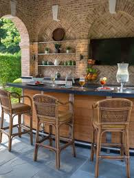 Outdoor Kitchens Pictures by 20 Spectacular Outdoor Kitchens With Bars For Entertaining