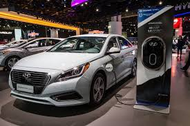 2015 hyundai sonata hybrid mpg thinking about owning a hybrid year hyundai sonata may